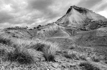 lost-in-bardenas-navarra-pyramide